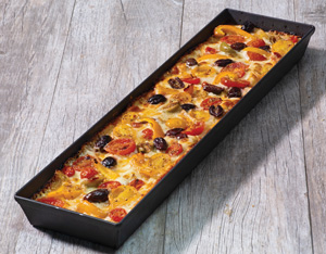 lloyd pans long pizza pan